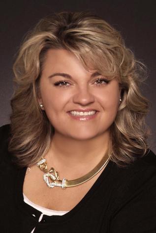 Pamela J Hale